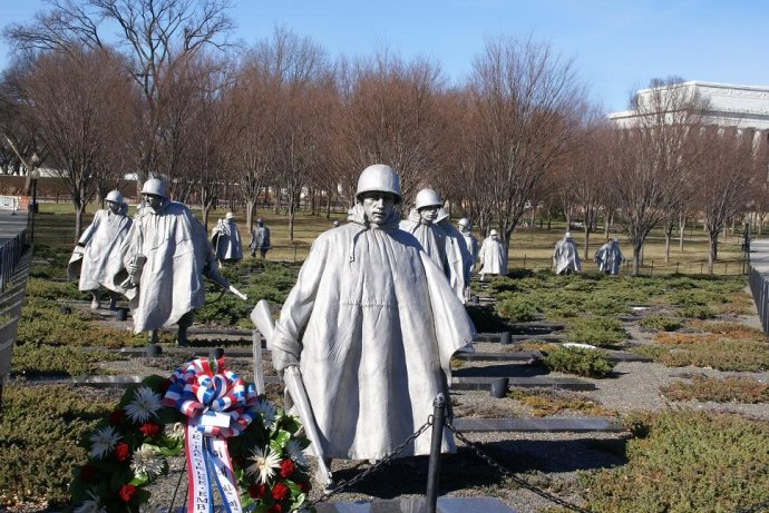 韩战纪念园的美国大兵7.jpg